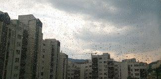 vremenska prognoza oblacno sa mjestimicnom kisom