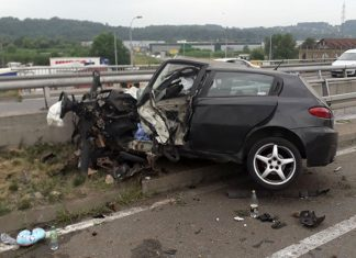 povrijedjene dvije osobe sudar kamion automobil tuzla