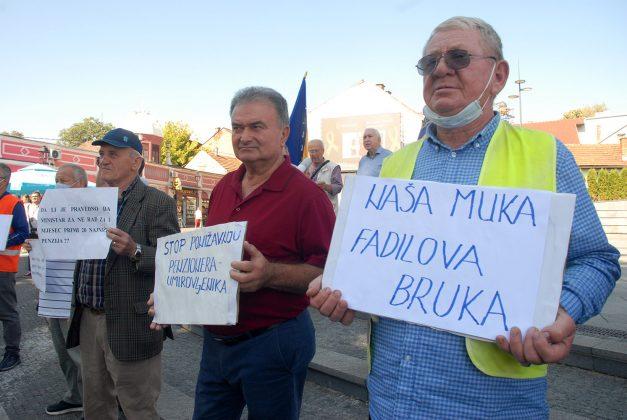 protest penzioneri povecanje penzija tuzla