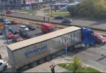 sudar kamion automobil stup sarajevo blokada saobracaj